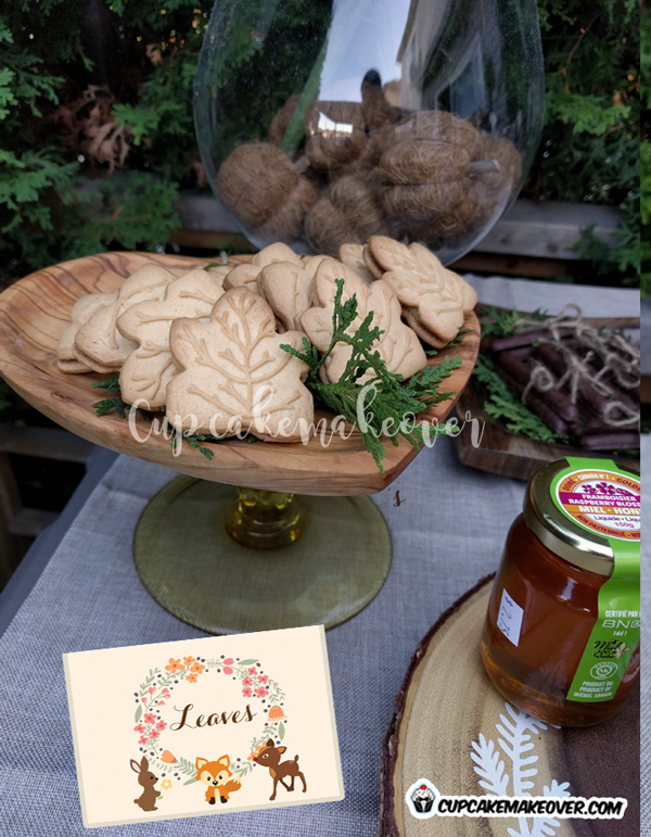 woodland party food ideas maple leaf cookies